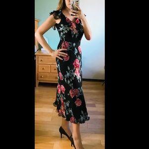 Boston Proper ruffle floral maxi dress Vneck